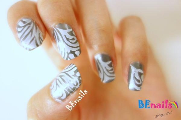 BEnails美甲印花轉印鋼板(BN001_奇幻之網)指甲彩繪範例,指尖上浪濤洶湧,激盪著澎湃思緒的美甲造型